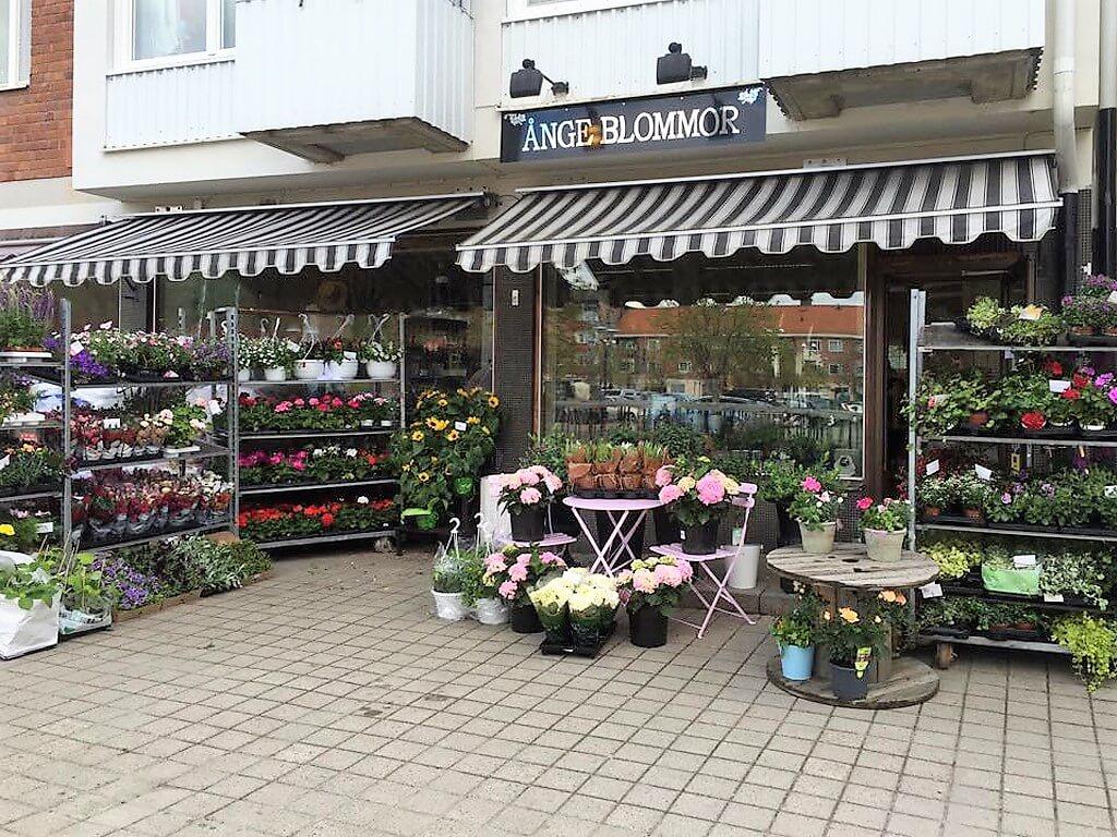 Utsidan av butiken Ånge Blommor.