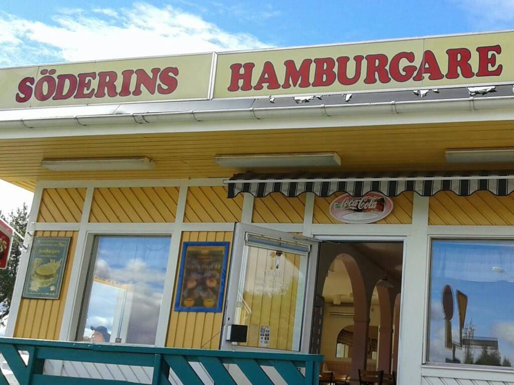 Utsidan av restaurangen Söderins Gatukök i Ånge.
