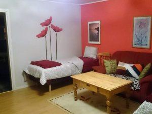 Ett av sovrummen på Pilgrimsboende i Ö.
