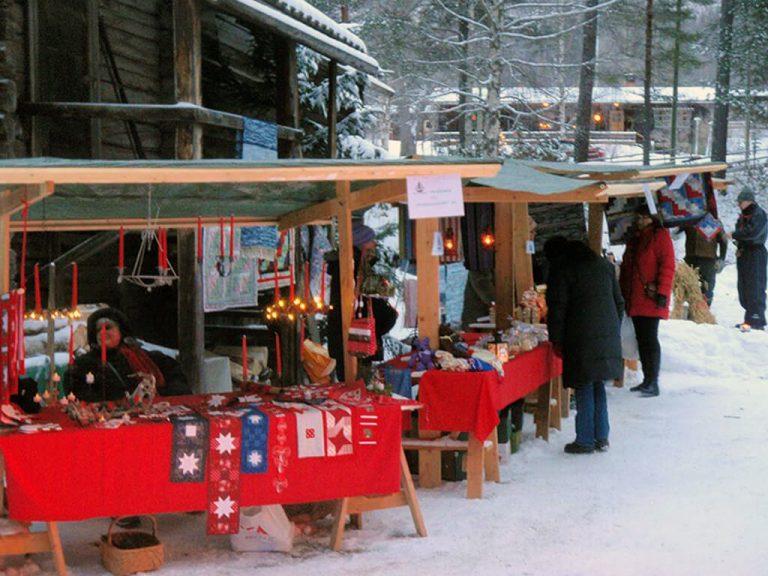 Julmarknad vid Borgsjö Hembygdsgård söndag den 10 december klockan 11:00.