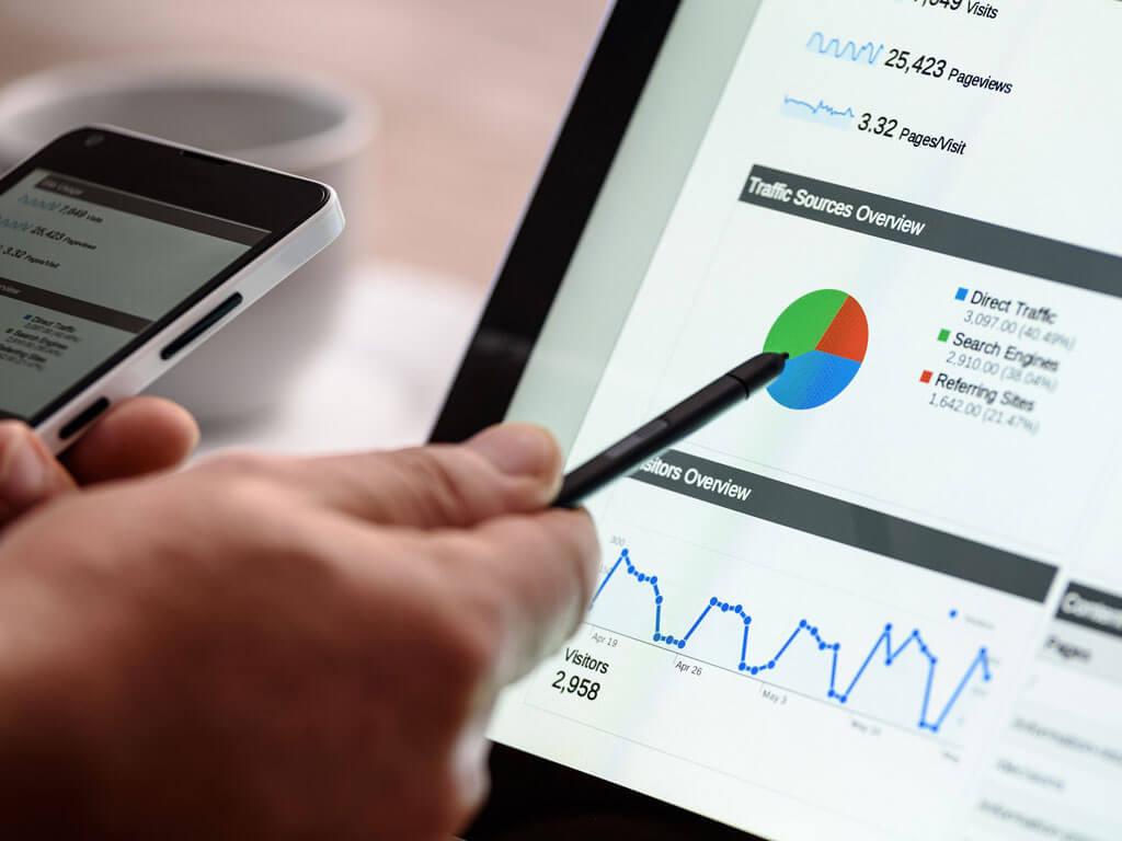 Vi på Upplev Ånge erbjuder många olika tjänster så som hemsidor, marknadsföring, reklamfilmer, grafisk design och registrering av domännamn.